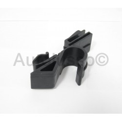 147 / GT O/S Parcel Shelf Clip